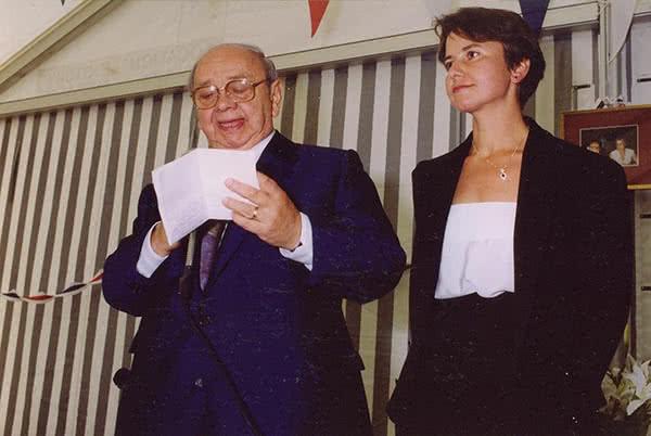 1986 - Odette ABTEY succède à son père Henri